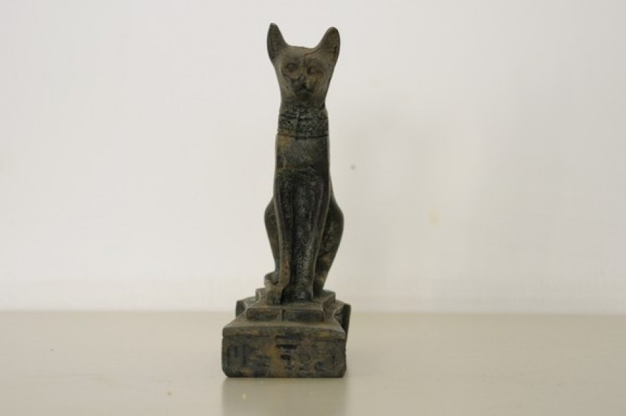 art bronze sculpture - bronze egyptian divinity