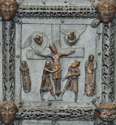 Formella di San Zeno - crocifissione