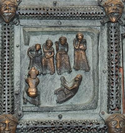 Formella di San Zeno - lavanda dei piedi di cristo