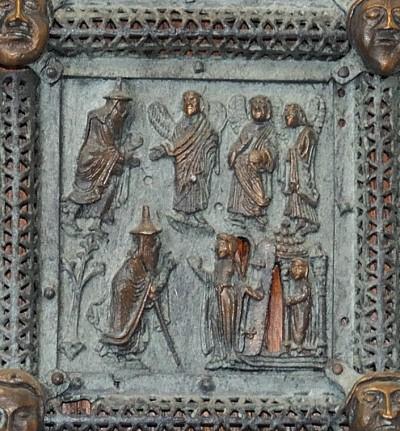 Formella di San Zeno - ospitalità di abramo