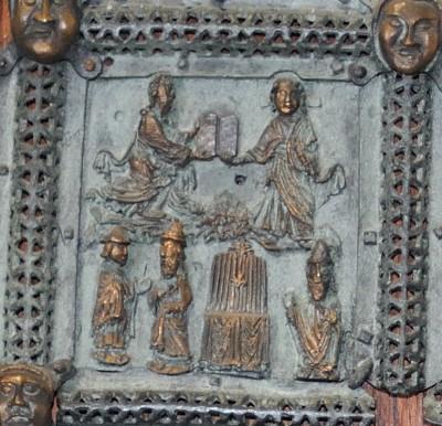 Formella di San Zeno - tavole della legge