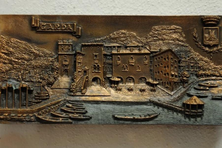 arte bronzo - bassorilievo in bronzo brescia